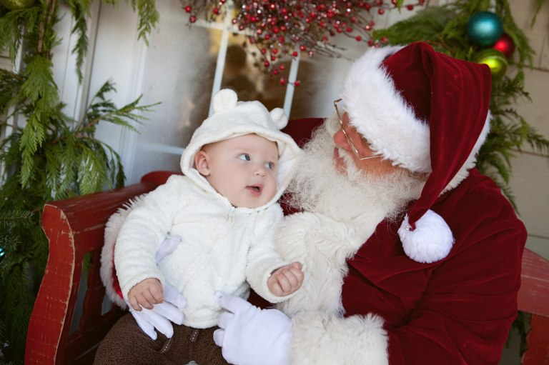 rowanbabySantaSession
